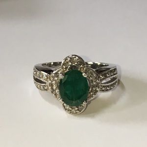 Jewelry - Solid 14K White Gold Natural Emerald Diamond Ring